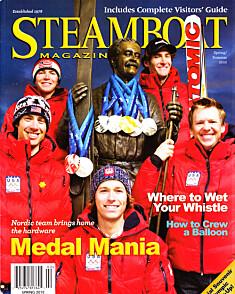 <b>MEDALJEFANGST:</b> Det amerikanske kombinertlandslaget har hektet OL-medaljene sine fra 2010 rundt nakken på Hovelsen- statuen i Steamboat Springs.