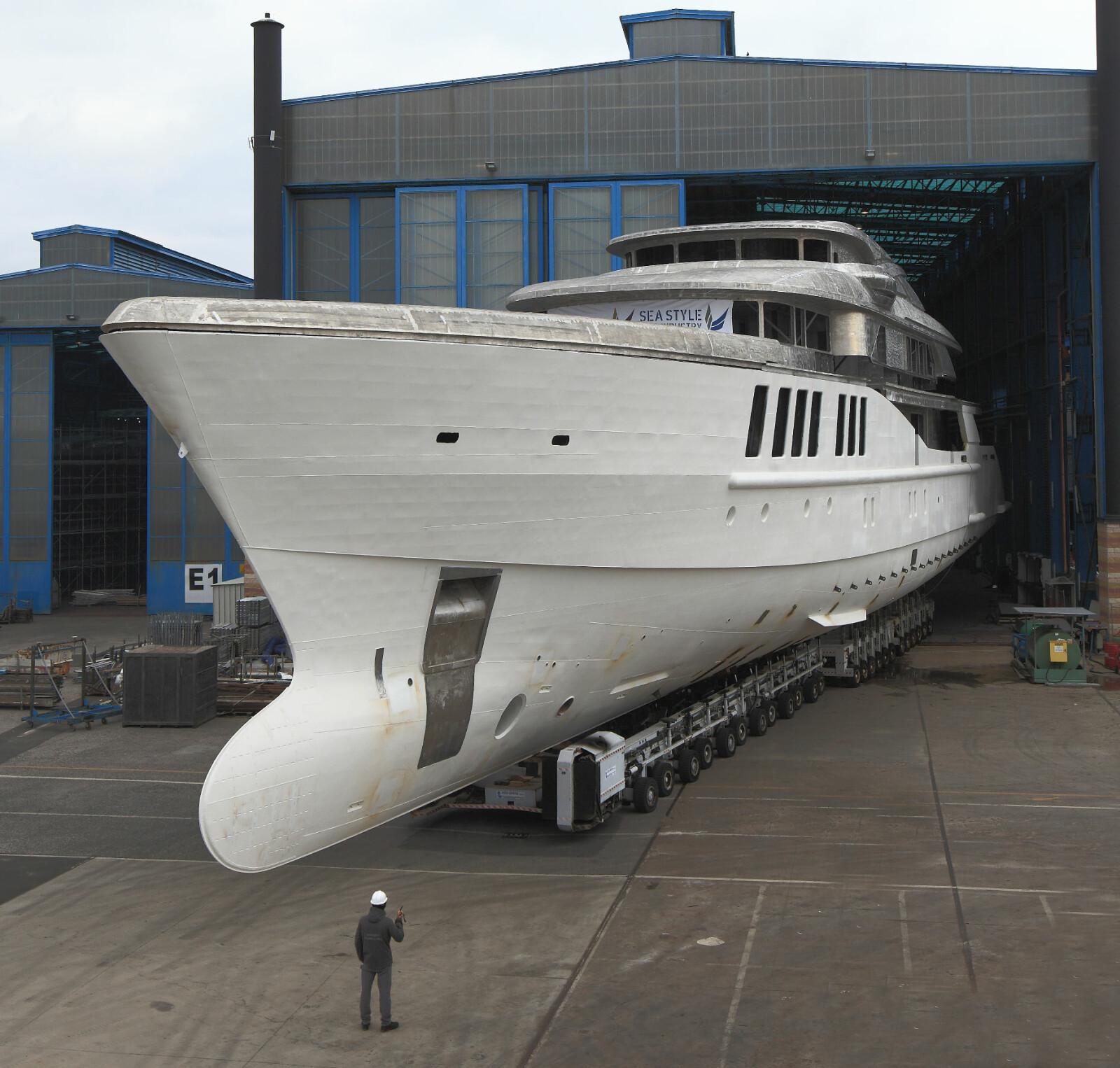 <b>STOR OG RASK:</b> Fart har vært en av prioriteringene under arbeidet, til tross for yachtens massive størrelse.