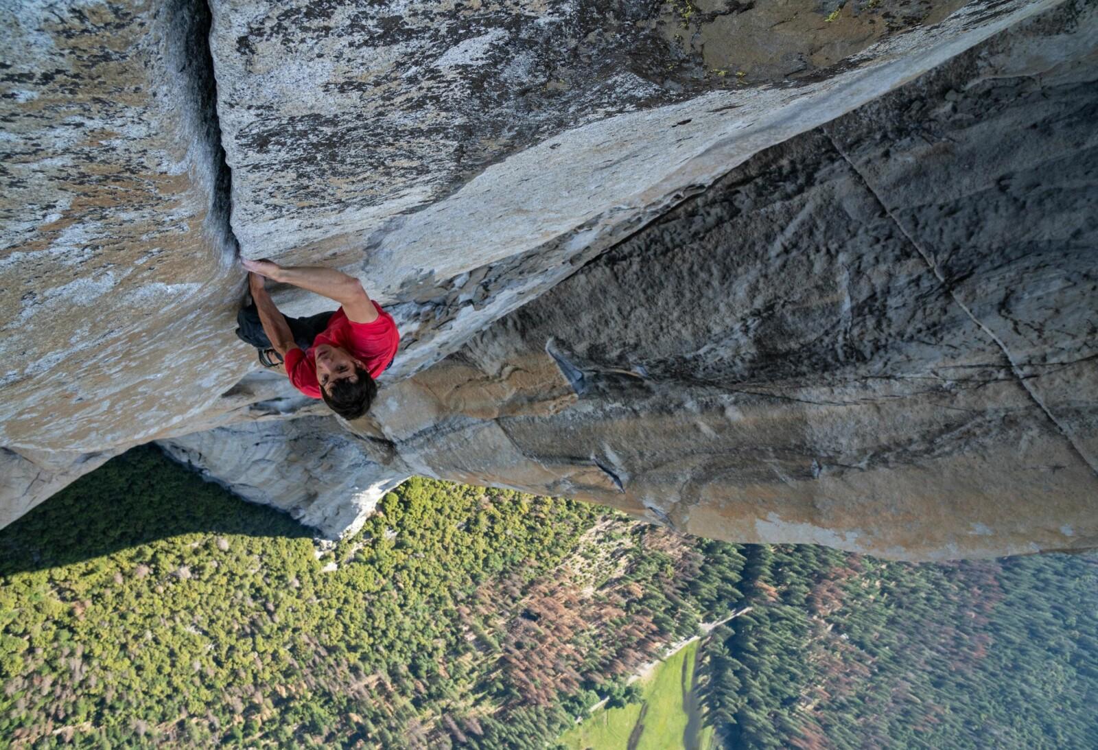 <b>SVIMLENDE:</b> Selv erfarne friklatrere kan bruke opptil fire dager på å bestige El Capitan via Freerider-ruten. Honnold brukte langt mindre tid.