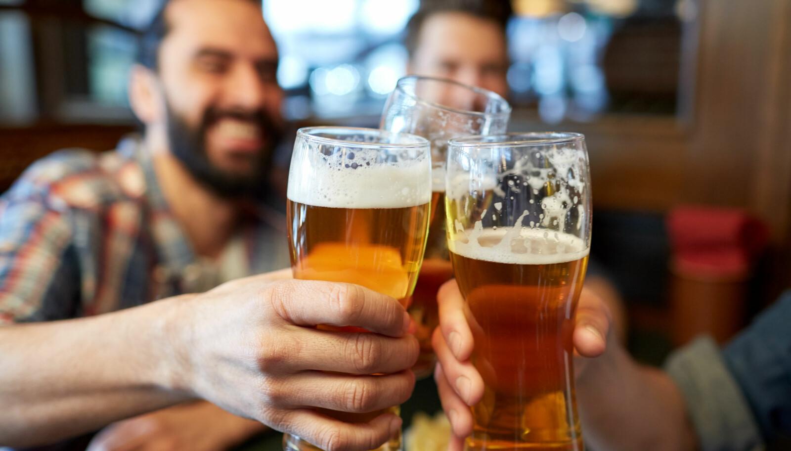 ØL ER SUNT: Du kan drikke inntil 12 halvlitere i uken med god samvittighet.