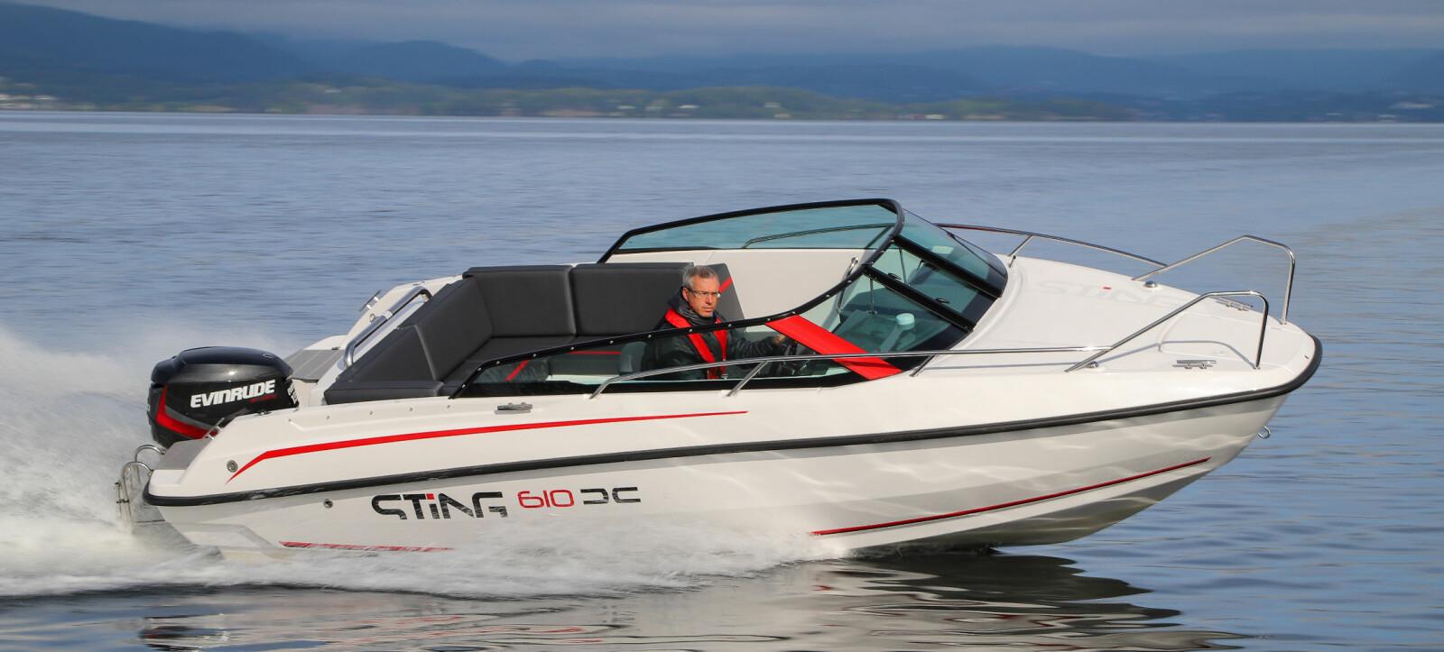 <b>STING 610 DC:</b> Sprek design sørger for at det ikke er noe inntrykk av «billigbåt» her