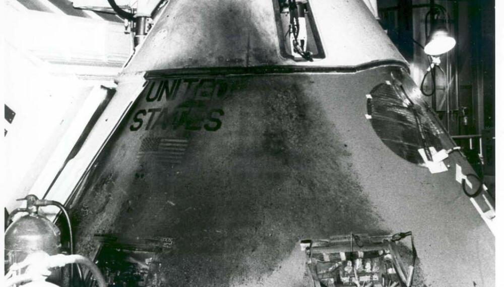 <b>BRANNSKADET:</b> Det ytre av Apollo-kapselen bærer tydelige spor av brannen 27. januar 1967. Kapselen er nå oppbevart ved NASAs Langley Research Center i Virginia.