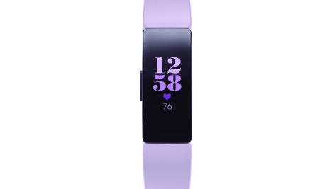 <b>ROSA:</b> Fitbit Inspire HR kan tilpasses både med ny farge på remmen og hvordan startskjermen ser ut.