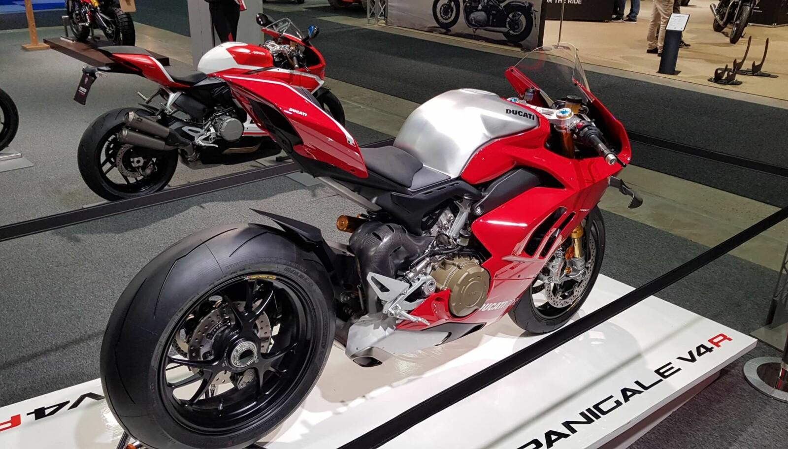 <b>MC-MESSA:</b> Ducati Panigale V4 R på standen til Eker Performance på MC-messa.