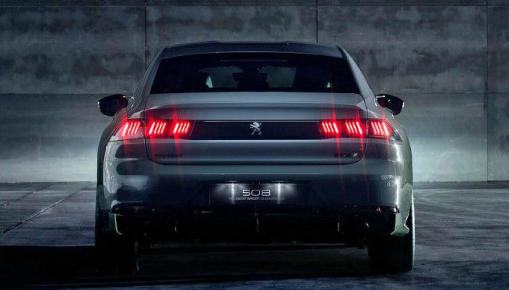 <b>TRE MOTORER:</b> En bensinmotor er kombinert med to elektriske motorer i nye Peugeot Sport Engineered 508 concept.