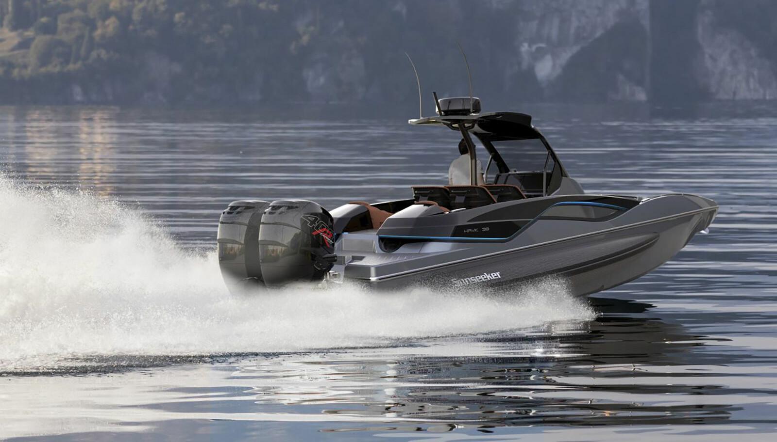 <b>RASK:</b> To Mercury Verado 400R sørger for 62 knop toppfart