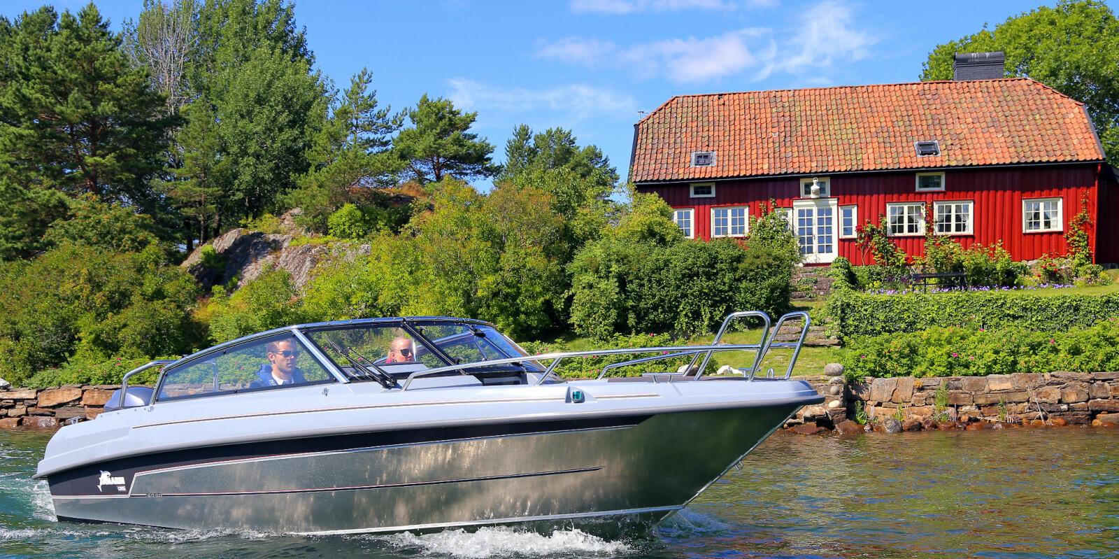 <b>GODT BÅTVALG:</b> Vi hjelper deg å finne riktig båttype til de gode dagene på sjøen. Her en Yamarin Cross 64 BR