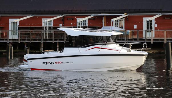 <b>HELÅRSBÅT:</b> Sting 630 Fast Track er en av de mange nye styrehyttebåtene på markedet.