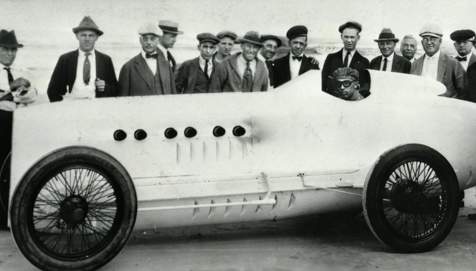 <b>KRUTTØNNE:</b> Signaturbilen Wisconsin Special var dråpeformet, med karosseri i aluminium, og en 250-hestekrefters flymotor fra første verdenskrig koblet til bakakslingen.