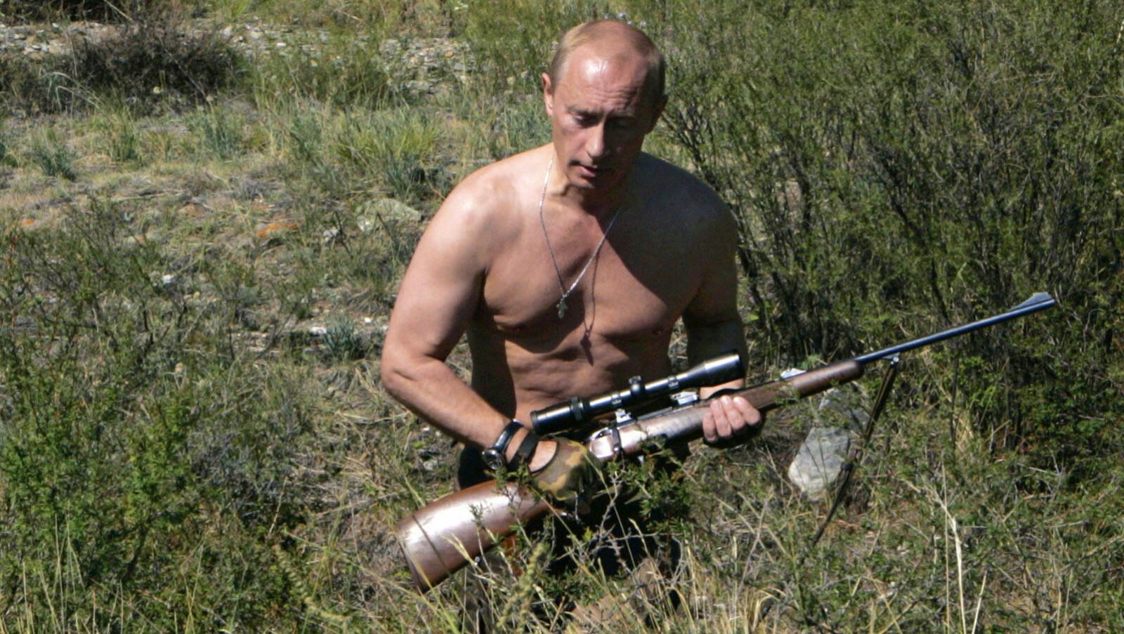 <b>PUTIN:</b> Russlands president, Vladimir Putin, er kjent for å være glad i å gå på jakt og han skal være en habil jeger.