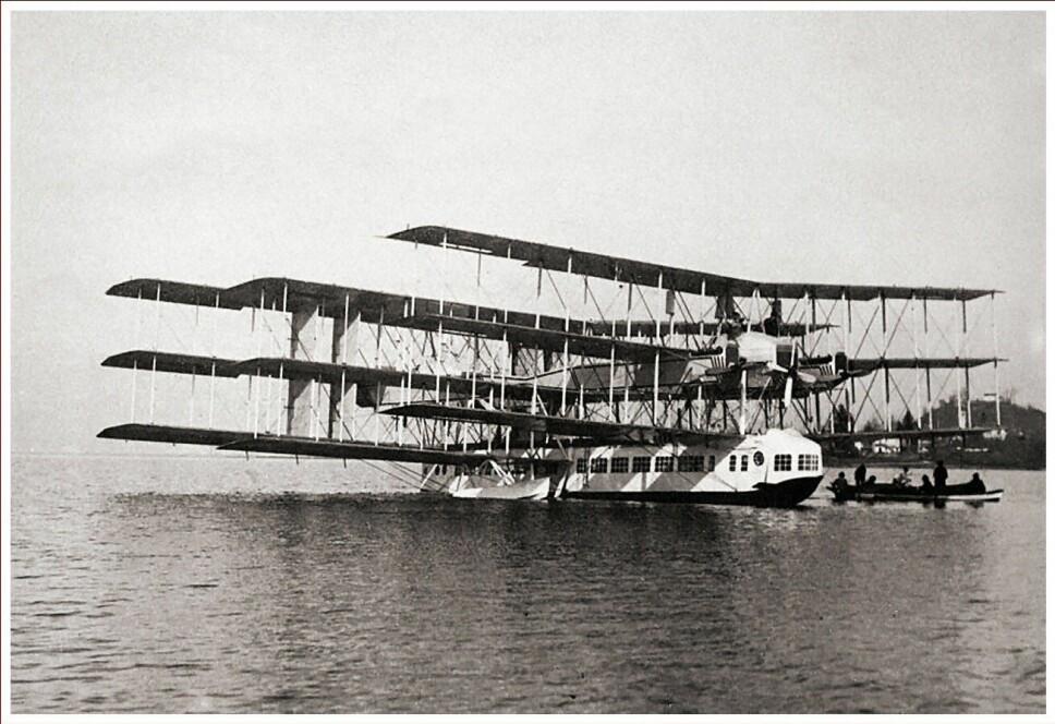 <b>NUMMER 10:</b> Caproni Ca. 60 Transaereo kollapset på sin andre tur.