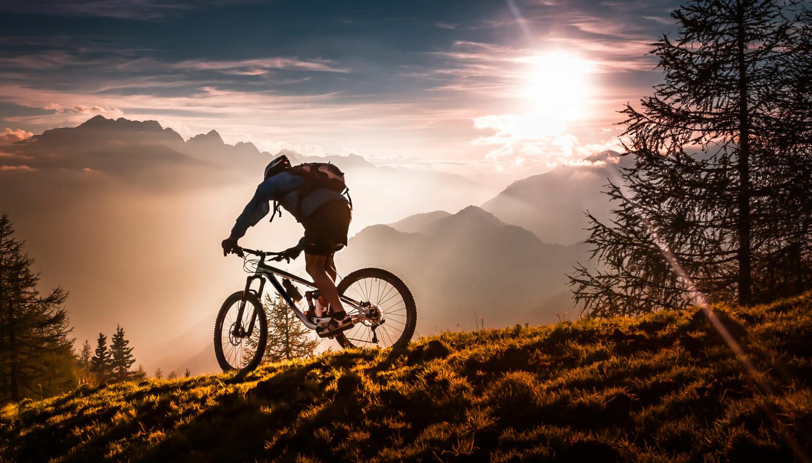<b>GJØR NOE ANNET:</b> Trener du for ensidig? Gjør noe annet. En rolig sykkeltur eller en annen aktivitet med lav intensitet kan gi deg treningsgnisten tilbake.