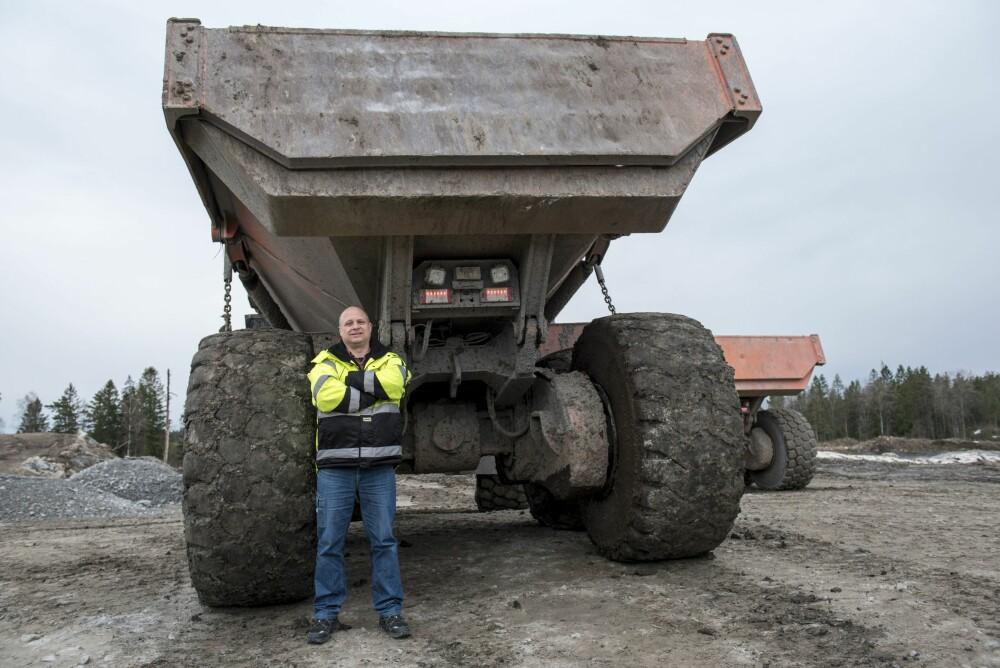 <b>DUMPERKONGE:</b> <br/>Thomas Jonsebråten styrer en flåte på 100 dumpere i anleggsfirmaet Hæhre.
