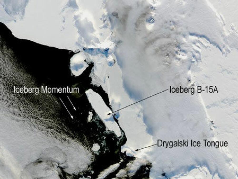 <b>VERDENS STØRSTE:</b> B-15 var lenge det største flytende objektet i verden. Her har NASA tatt bilde av isfjellet før kollisjonen med Drygalski-istungen.