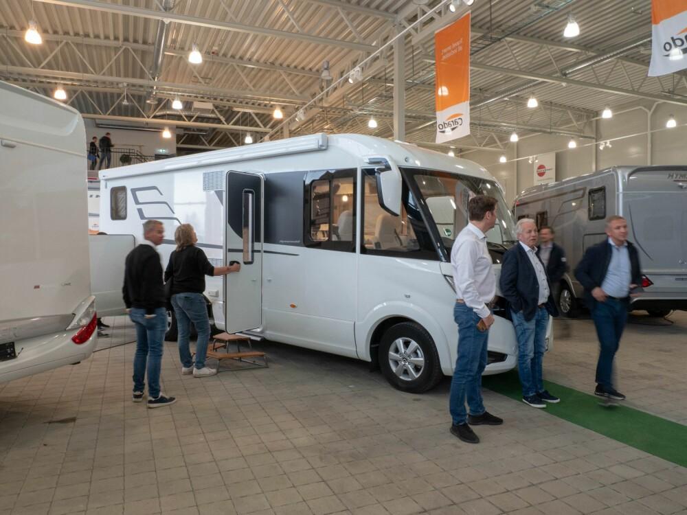 <b>NYSGJERRIGE:</b> Hymer B ML 780 i lokalene til Kroken Caravan Oslo. Forhandlere fra hele Norge var inviterte for å se på den og B ML 790.