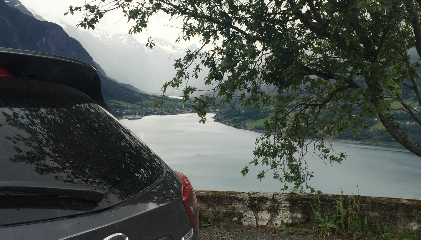 <b>BILFERIE I NORGE:</b> Husk at om du er på bilferie i Norge, så gjelder mange av de samme tipsene som for bilferie i Europa. Du bør for eksempel ha reiseforsikring for hele husstanden.