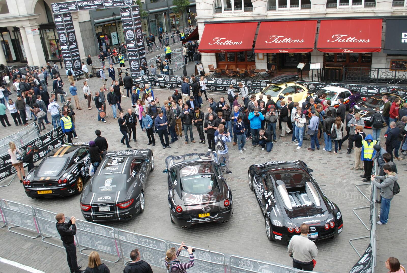<b>SPORTSBILER:</b> Gumball 3000 Rally betyr sportsbiler fra øverste hylle.