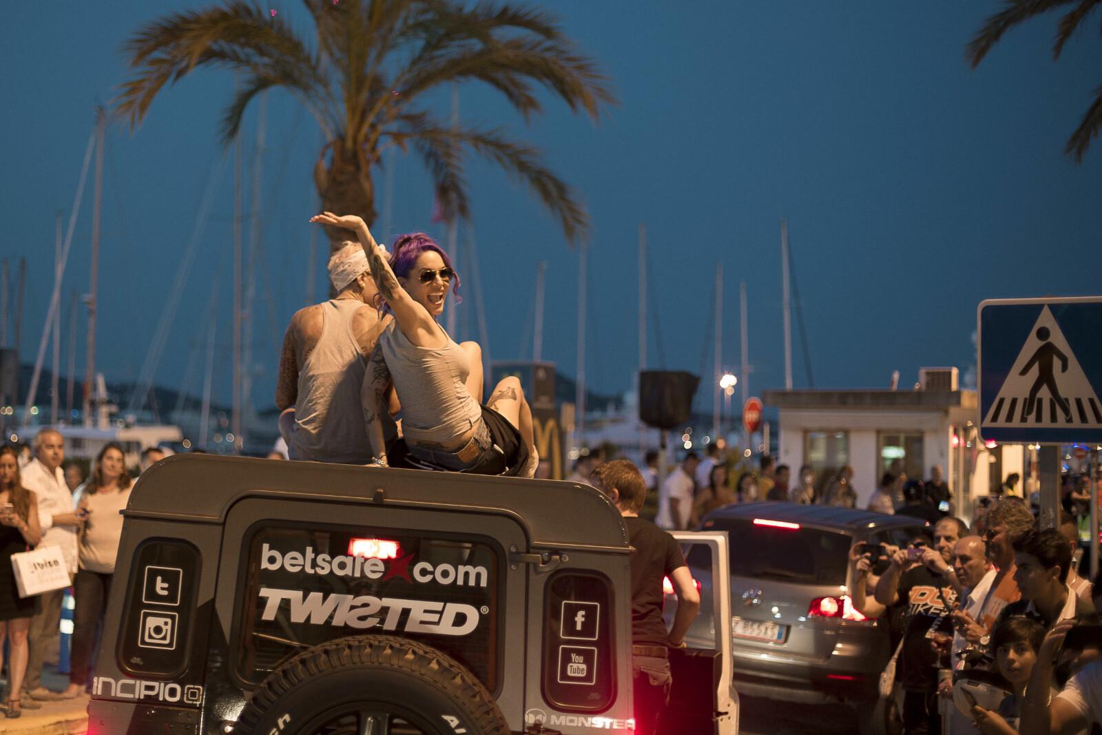 <b>TJO-HEI:</b> I Gumball 3000 Rally er partyfaktoren skyhøy.