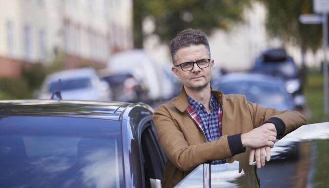 <b>PASS PÅ TRAFIKKEN:</b> - Følg godt med i speilene og foreta raske forbikjøringer dersom det er nødvendig, oppfordrer Nils Sødal i NAF.