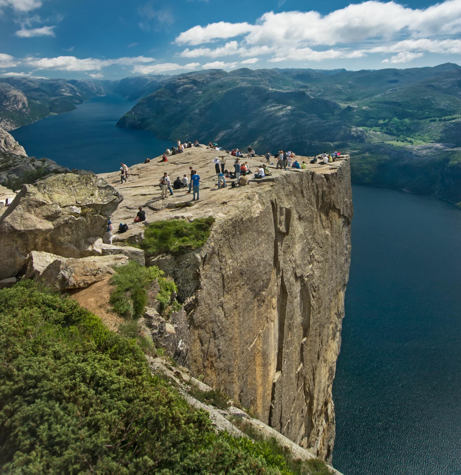 <b>PREIKESTOLEN:</b> Ikonisk topptur i Rogaland som er mest berømt internasjonalt av alle toppturer i Norge.