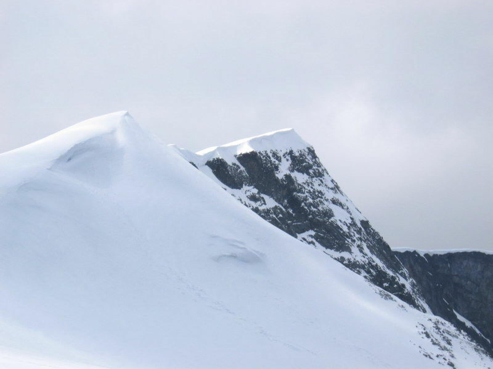 <b>GLITTERTIND:</b> Norges nest høyeste punkt som ligger i likhet med Galdhøpiggen Jotunheimen.
