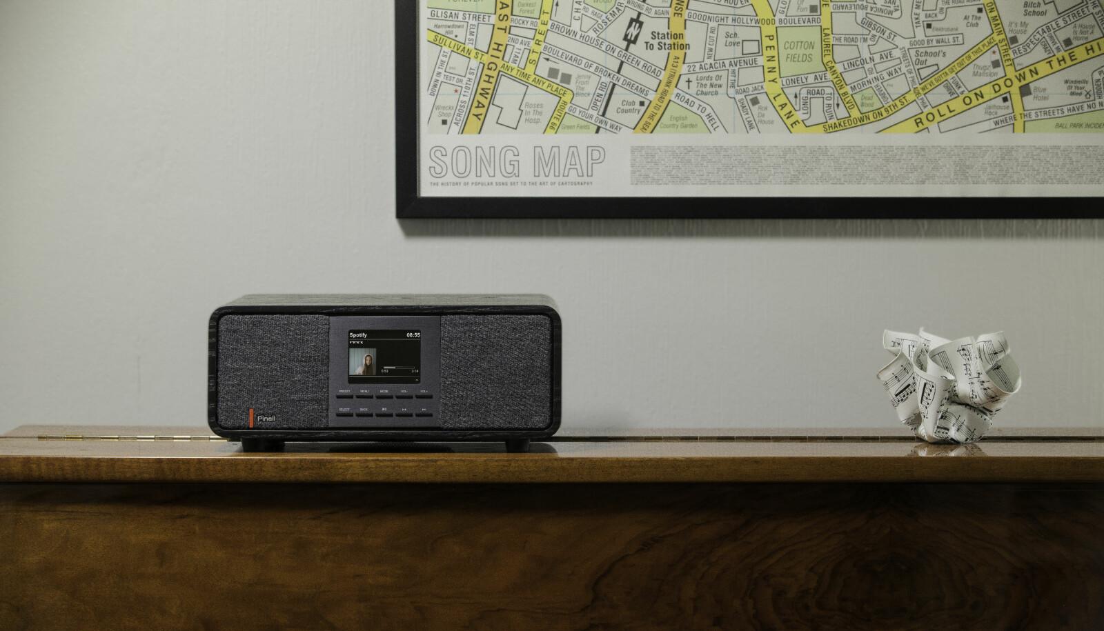 <b>PYNTER OPP: </b>Pinell Supersound 501 er mer av et møbel enn for eksempel de hvite eller sorte boksene fra Sonos.