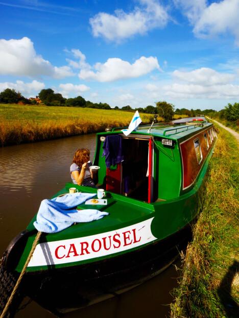 <b>VÅR BÅT:</b> Carousel var båten vi valgte – den passer for 2–4 personer.