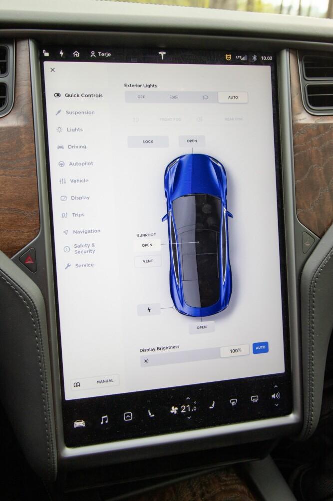 <b><SPAN CLASS=BOLD><STRONG>FORBILLEDLIG:</b></strong></span> Ingen konkurrenter er like gode som Tesla når det kommer til å lage brukervennlige systemer.