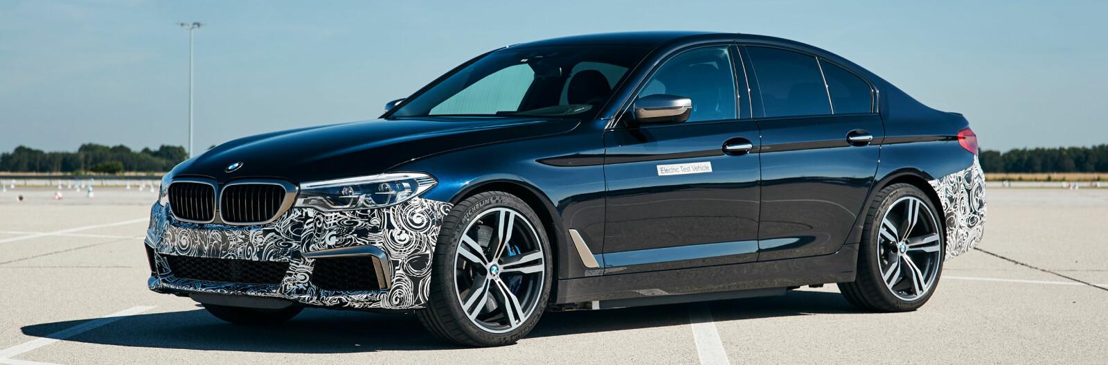 <b>TRE ELMOTORER:</b> I 2020 introduserer BMW femte generasjon elektrisk drivlinje. En av bilene som testes er en 5-serie med tre nye elektromotorer og en total effekt på 530 kW/720 hk. Akselerasjonen fra 0-100 km/t gjøres unna på godt under 3 sekunder. Elektromotoren og batteriene som nå testes vil bli å finne i kommende BMW-modeller.