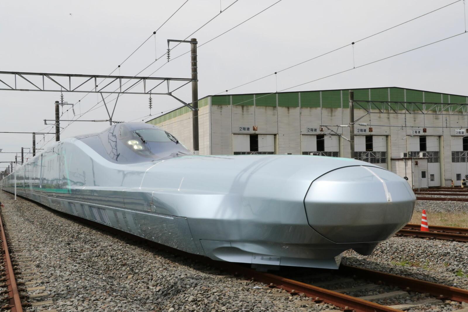 <b>NESEVIS:</b>Et ALFA-X-tog oppnådde en hastighet på 320 km/t da det ble testet 16. mai i år, men toget skal være kapabelt for langt høyere hastigheter.