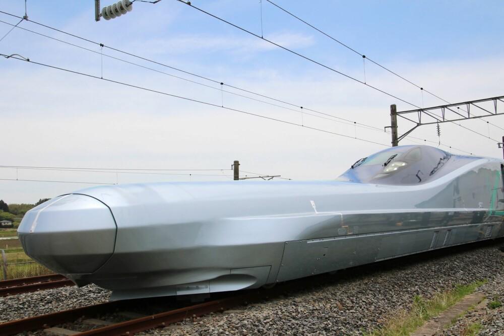 <b>TESTET:</b>Toppfarten på ALFA-X skal ligge over 400 km/t, men det kan ennå gå mange år før neste generasjon Shinkansen settes i tjeneste.