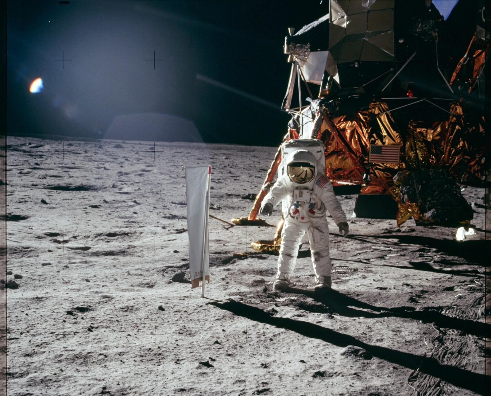 <b>MÅNEMANN:</b> Den første månelandingen skjedde 24. juli 1969 med astronautene Neil Armstrong og Buzz Aldrin. Aldrin beskriver spaserturen som ren glede.