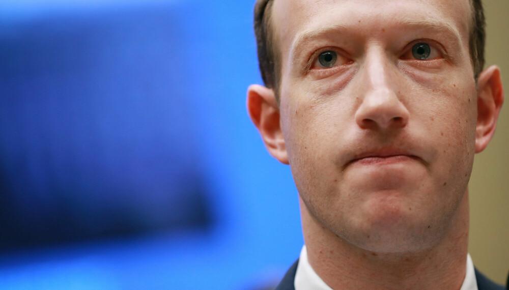 <b>TØFFE TIDER:</b> Kritikken fortsetter å hagle mot Mark Zuckerberg. Men noe romvesen er han nok ikke.