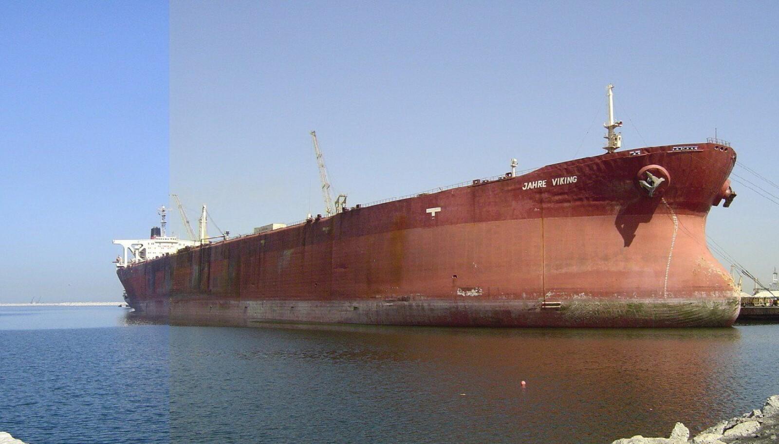 DEN STØRSTE: Jahre Viking er verdens største skip, og måler 458,45 meter.