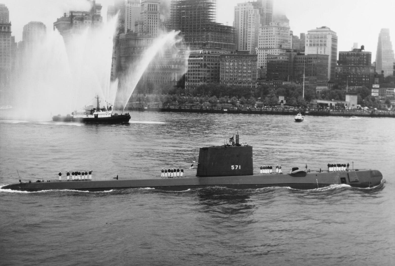 <b>JULES VERNE:</b> Fartøyet var passende nok døpt USS Nautilus.