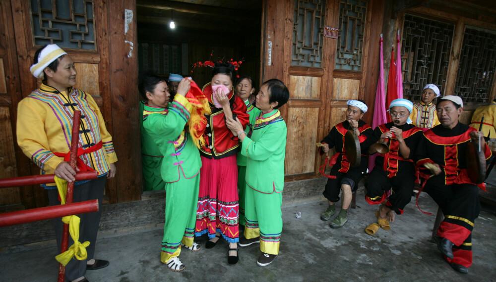 <b>TRADISJON:</b> I Sichuan gråter de seg inn i ekteskapet.