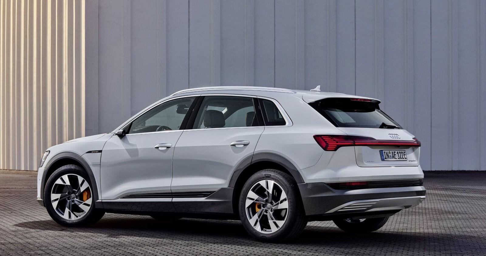 <b>SUV:</b> Audi e-tron 50 er en SUV med god plass til en familie.