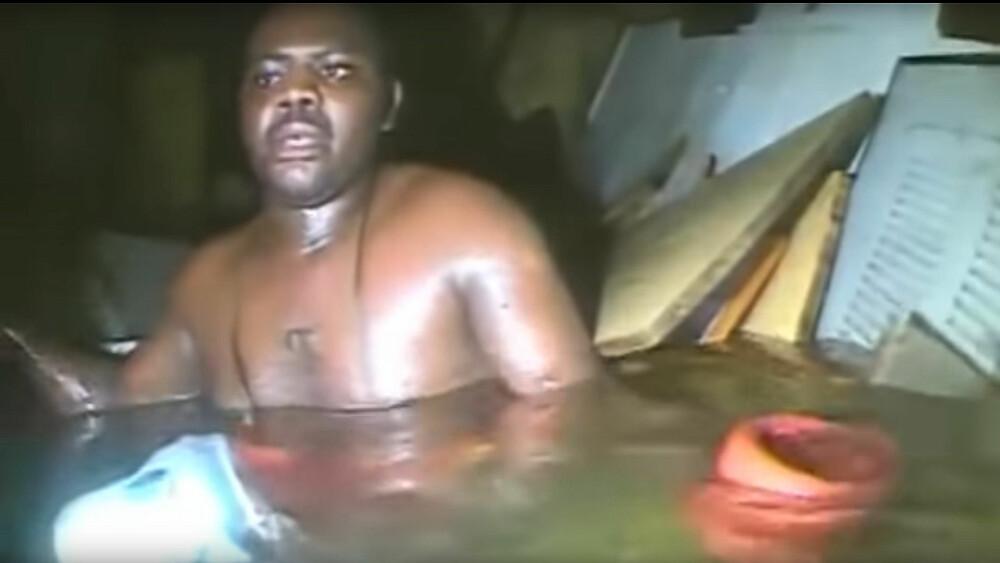 <b>LUFTROM:</b> Dykkerne fikk seg overraskelse da de oppdaget Harrison Okene inne i vraket.