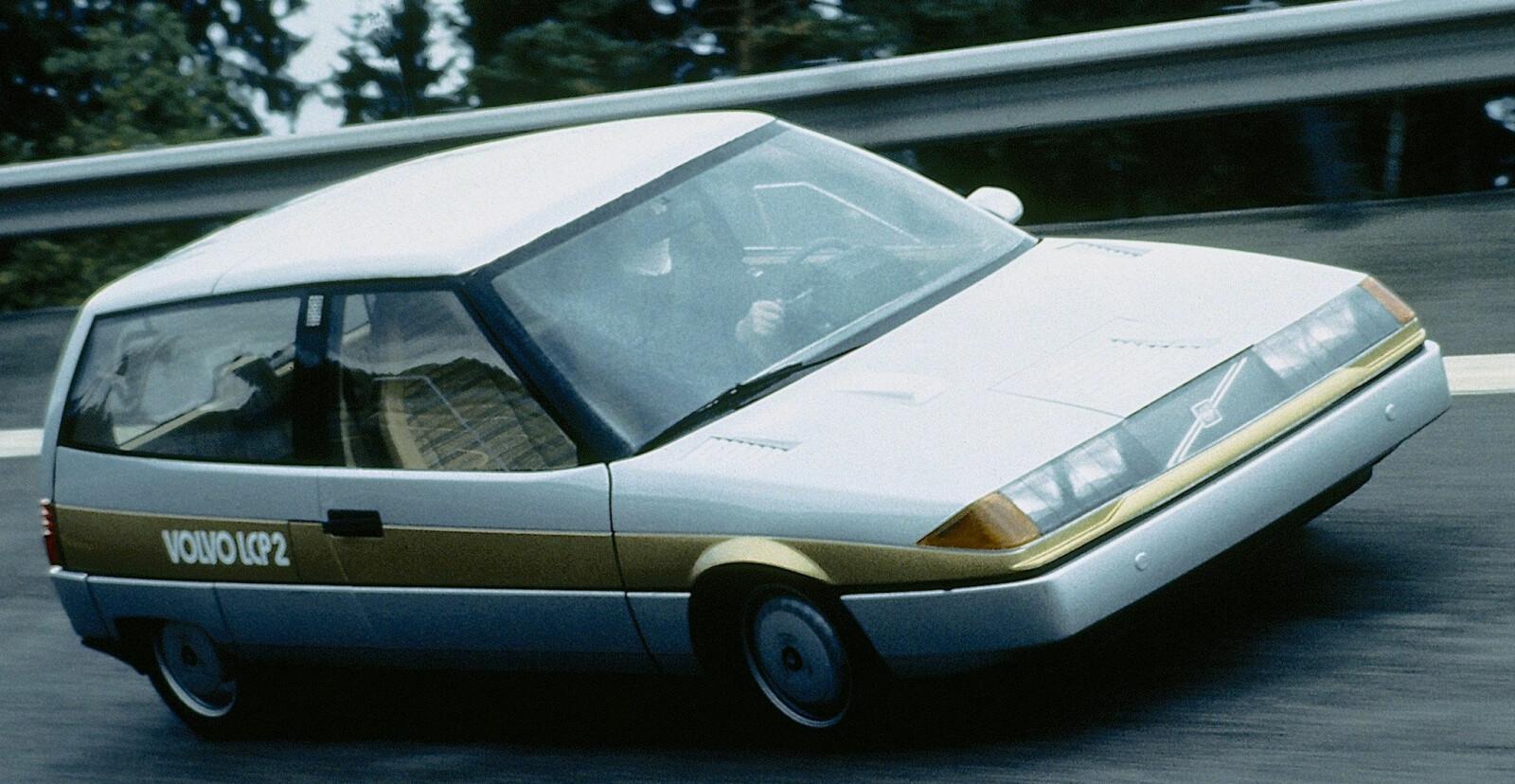 <b><SPAN CLASS=BOLD><STRONG>LETTVEKTER:</b></strong> </span>Volvo Light Component Project 2000 resulterte i en bil som lå langt forut sin tid. Den veide bare 700 kilo og var en ladbar hybrid.