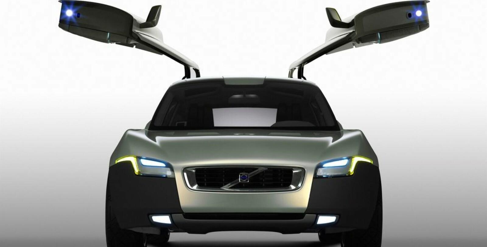 <b><SPAN CLASS=BOLD><STRONG>KVINNEBILEN:</b></strong> </span>Volvo Your Concept Car, også kalt kvinnebilen, fikk stor oppmerksomhet verden over.