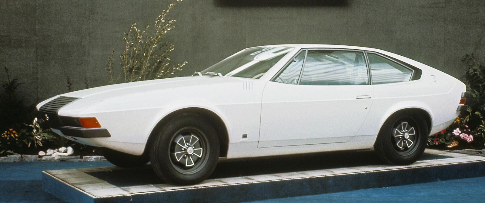 <b><SPAN CLASS=BOLD><STRONG>VOLVO 1800 ESC COGGIOLA:</b></strong></span> Eller Volvo Viking som den også hette. Den ble vist frem i Pari i 1972.
