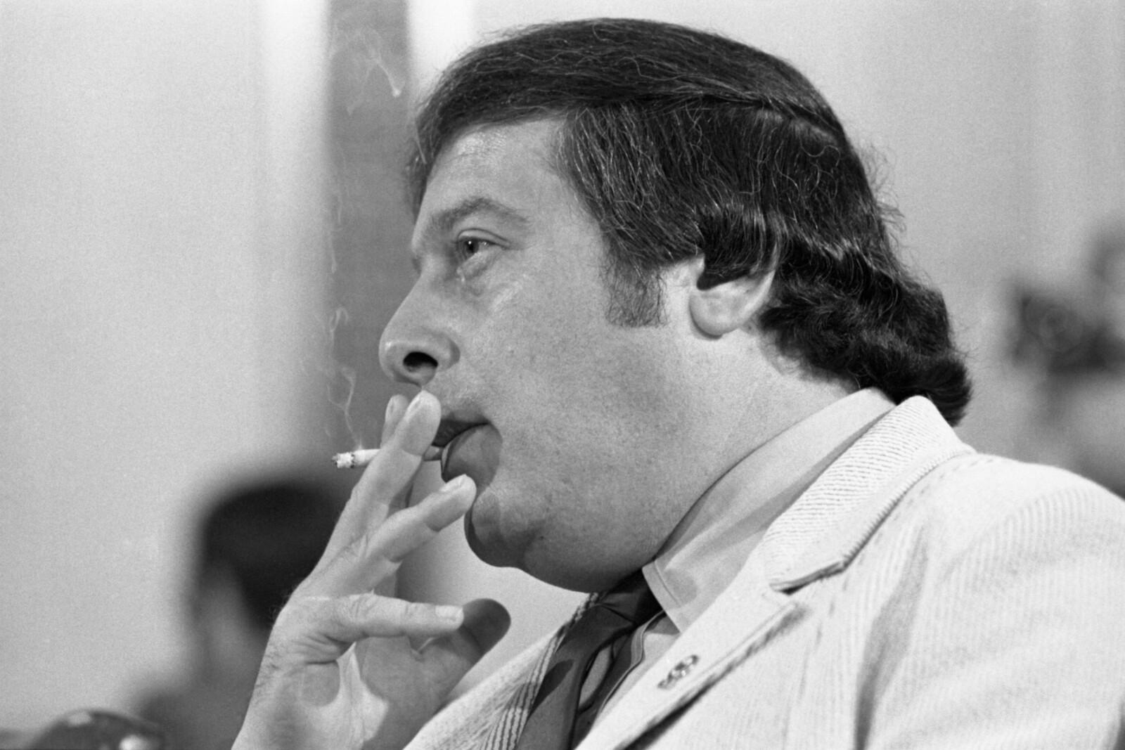 <b>PÅ TILTALEBENKEN:</b> 43 år gamle Gregory Scarpa på tiltalebenken i 1971, beskrevet som et farlig medlem av Colombo-familien. Scarpa nektet å samarbeide og ville heller ikke svare på hvor han var født.