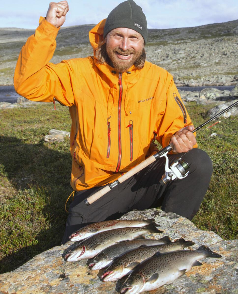 <b>HOLD UT:</b> Tålmodighet er fiskerens viktigste egenskap. Holder du ut, kommer nappet til slutt.