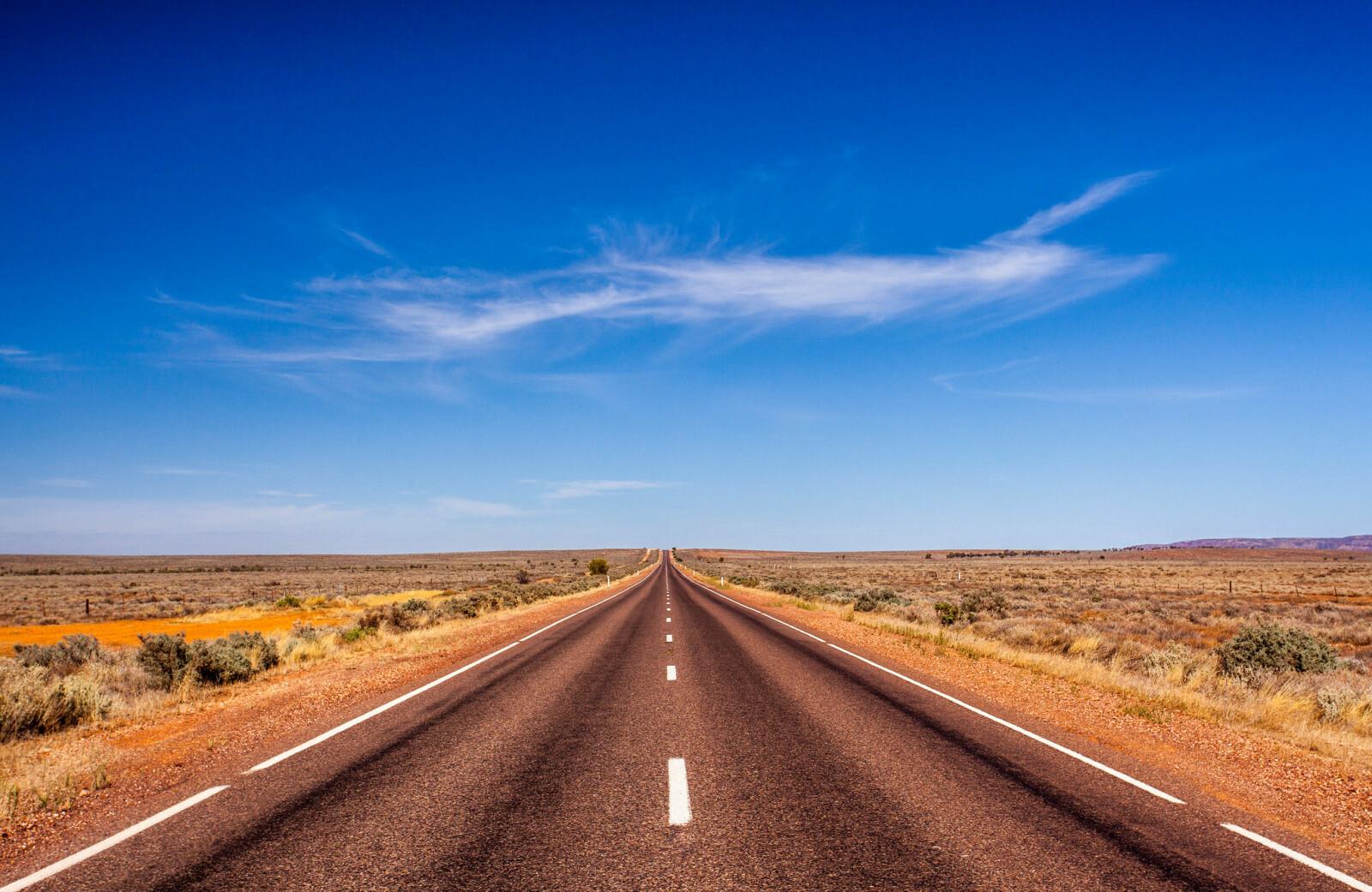 <b>UTMATTENDE: </b>Veien er fin, men utmattende. Mil etter mil på helt rette strekninger uten variasjon, får sjåførene til å sovne.