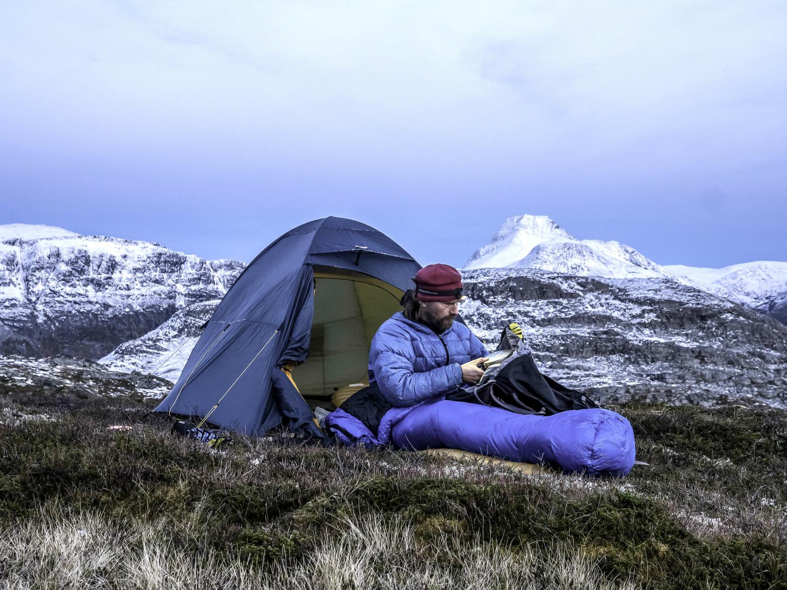 <b>LEIRLIV:</b> Verken telt eller sovepose er av de aller letteste. Jeg vil sove om natta – ikke fryse!