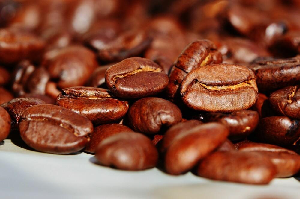 <b>TIPS:</b> Vil du ha fersk kaffe kan det være smart å investere i en enkel kaffekvern og kjøpe hele bønner.