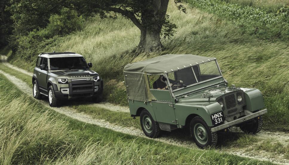 UTVIKLING: Det skiller 71 år mellom Land Rover Defender og Land Rover Serie 1.